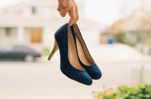 Sports Experts te vends une paire de soulier : le soulier gauche n'est pas le même que le soulier droit